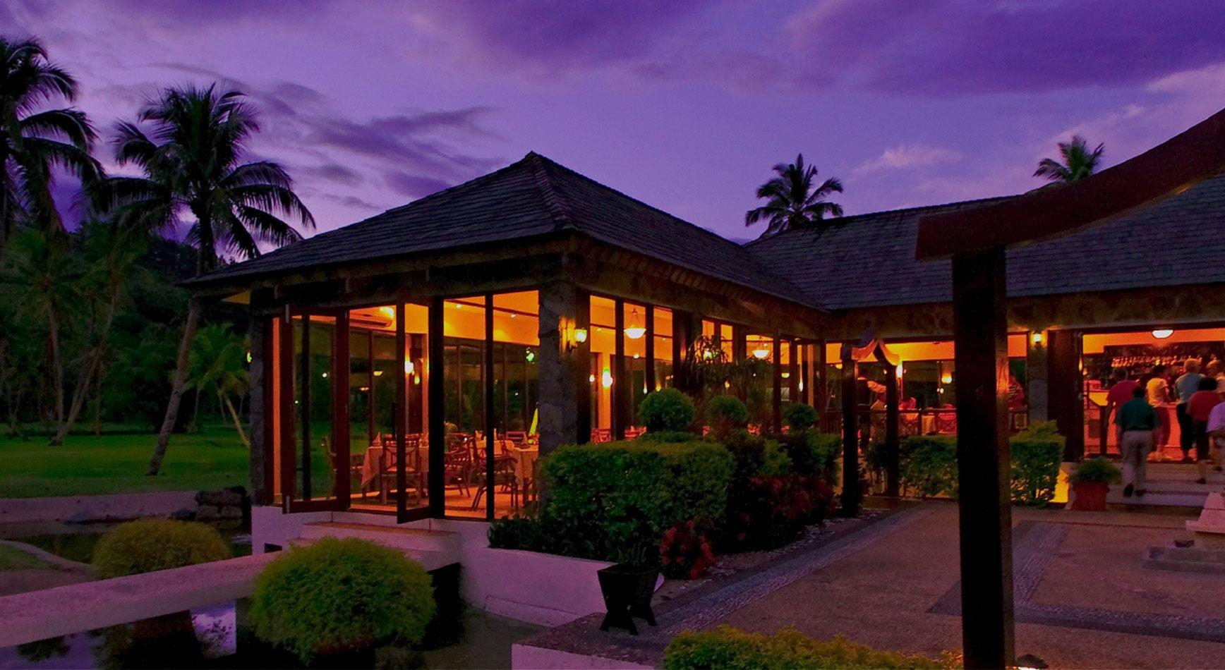 warwick-hotels-fiji-slider-image